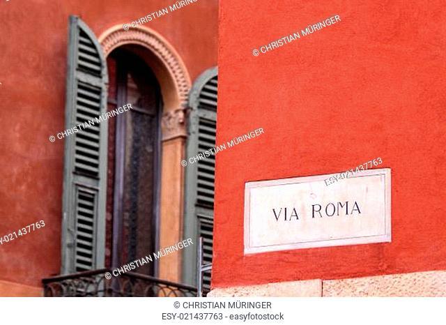 Straßenschild Via Roma