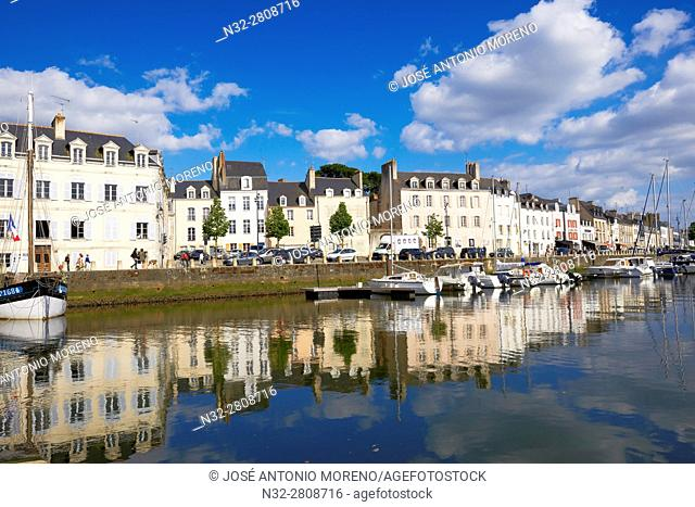 Vannes, City, Old Town, Port, Morbihan, Bretagne, Brittany, France, Europe.