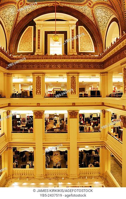 Atrium of Macys, Chicago