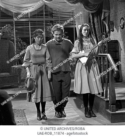 Wassa Schelesnowa, Fernsehspiel, Deutschland 1963, Regie: Egon Monk, Szenenfoto