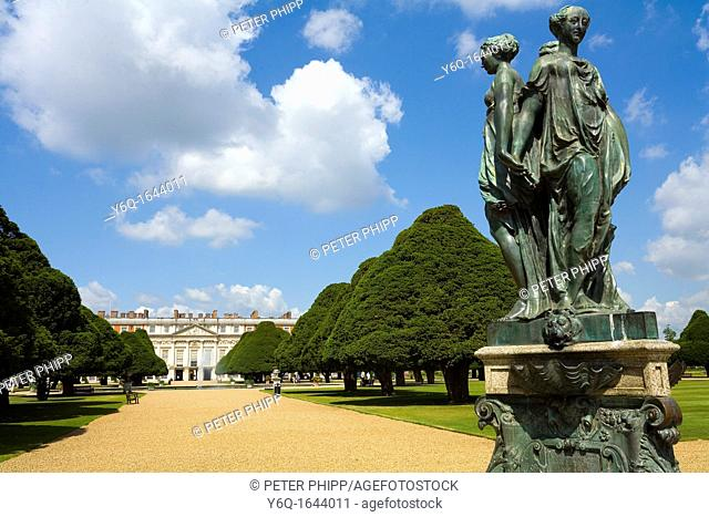 Hampton Court Palace and Gardens, Surrey, west London
