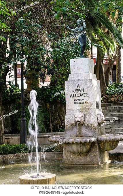 "Monumento a Joan Alcover ,""""Monument a Joan Alcover"""" (1928). Bronce y mármol. Plaza de la Reina. Autor: Esteve Monegal, (Barcelona 1888 - 1970)"