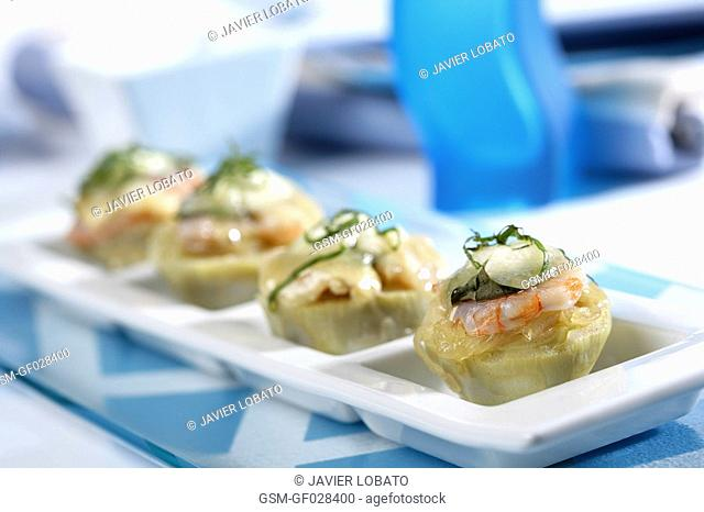 Artichokes centers with shrimps and goat cheese