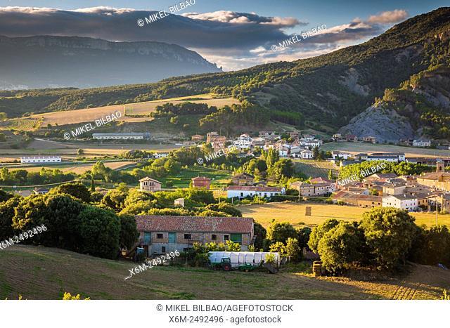 Arbeiza y Zubielqui villages. Tierra Estella county. Navarre, Spain, Europe