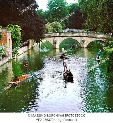 Punting on Cam river near Clare College, Cambridge, East of England, England, UK