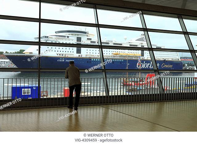 D-Kiel, Kiel Fjord, Baltic Sea, Schleswig-Holstein, Kiel harbour, terminal Schwedenkai, terminal building, check-in area, interior view