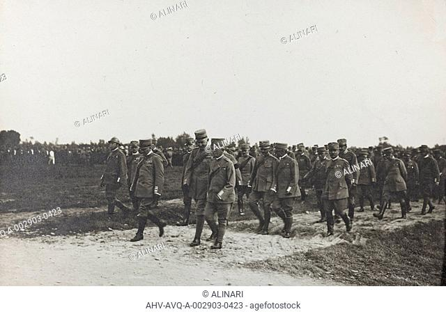 Album Ricordi di Guerra - Italo-Turca 1912-13, Italo-Austriaca 1915-16-17-18, Ines Emma Ferrara: garrison after the Battle of Piave, shot 24/07/1918