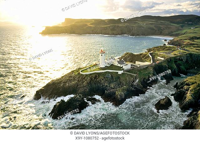 Fanad Head lighthouse on the Atlantic coast at the northern tip of Lough Swilly, County Donegal, Ireland