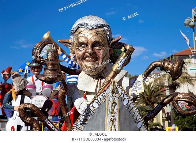 Italy, Tuscany, Viareggio, carnival, pope Ratzinger mask