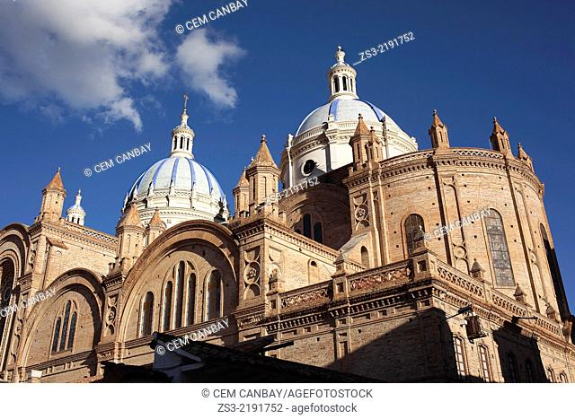 Cathedral of Immaculate Conception on Parque Calderon, built 1885, Cuenca, Azuay Province, Ecuador, South America