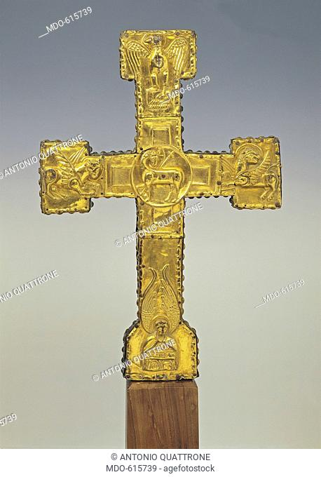 Processional cross (Croce Processionale), by Roman or Umbrian manufactury, 1150, 12th Centuring, silver worked to mold, embossed and gilded, wood core