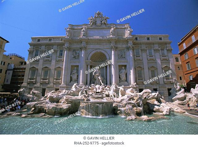 The Baroque style Trevi Fountain, Rome, Lazio, Italy, Europe
