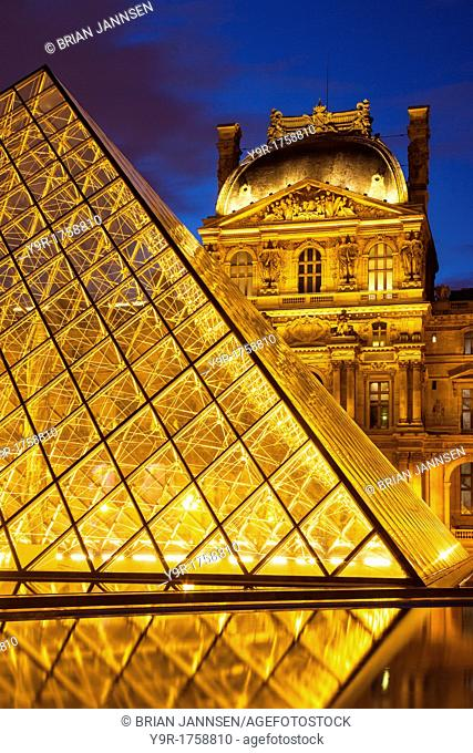 Glass Pyramid at the entrance to Musee du Louvre, Paris France