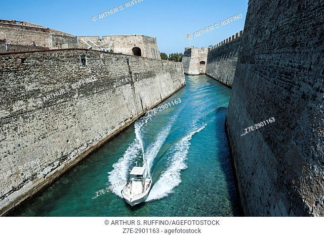 San Felipe Moat (Foso de San Felipe), Royal Walls (Murallas Reales) and navigable moat, Ceuta, autonomous city, Spain, North Africa, Moroccan coastline