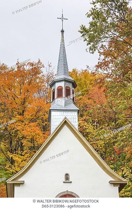 Canada, Quebec, Capitale-Nationale Region, Neuville, Rue des Erables, village church, autumn