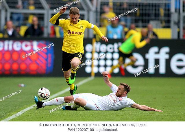 firo: 11.05.2019, football, 1.Bundesliga, season 2018/2019, BVB, Borussia Dortmund - Fortuna Dusseldorf, duels, Lukasz PISZCEK, BVB Borussia Dortmund