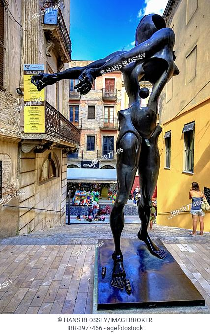Homage to Newton, bronze figure in the streets of Figueres, Figueras, Girona Province, Catalonia, Spain