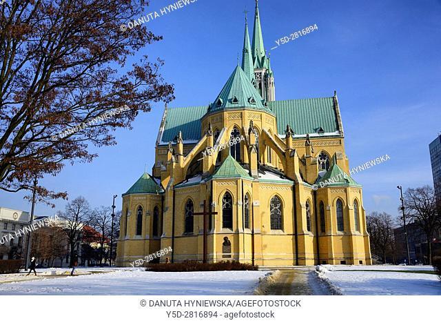 Archcathedral Basilica of St. Stanislaus Kostka in Lodz, Bazylika archikatedralna sw. Stanislawa Kostki w Lodzi, naved basilica is based on the Ulm Minster in...