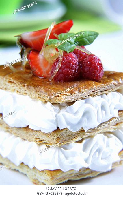 Napoleon or millefeuille with cream and red fruits