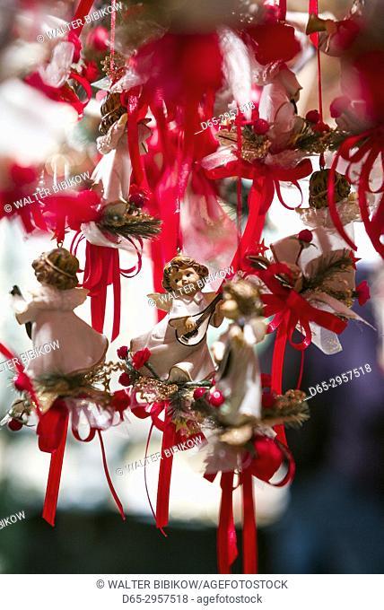 Austria, Salzburgerland, Salzburg, Christmas Market, Christmas toys
