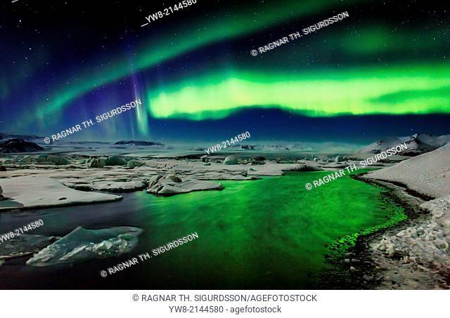 Auroras and Icebergs at the glacial lagoon, Jokulsarlon, Breidamerkurjokull, Vatnajokull Ice Cap, Iceland