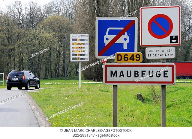 Panel indicating entrance into city of Maubeuge, panel indicating the available parking places in city center, Maubeuge, Nord, Hauts-de-France, France