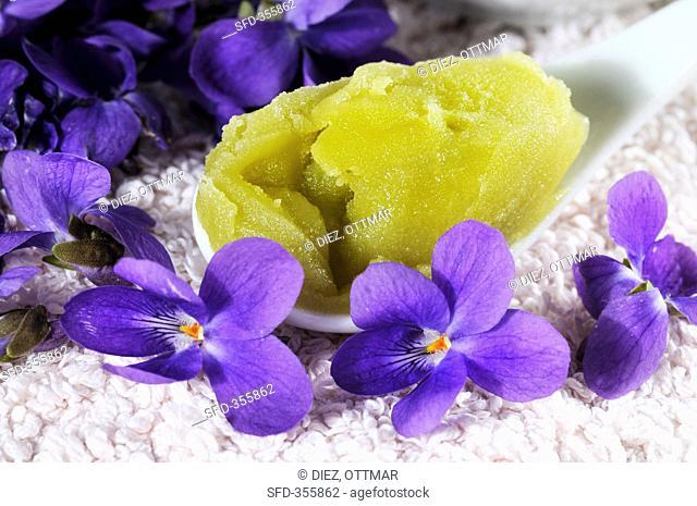 Sweet violet salve