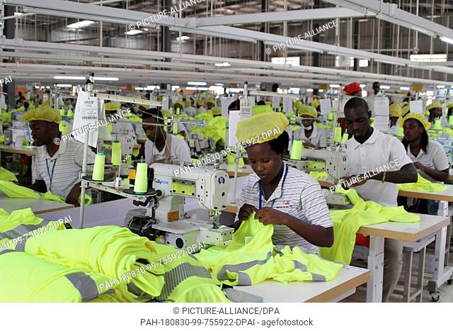 28.08.2018, Rwanda, Kigali: Textile workers work at the Chinese clothing company G&H Garments. The company has been producing sportswear