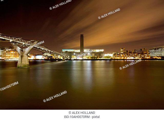 Tate Modern and Millennium Bridge