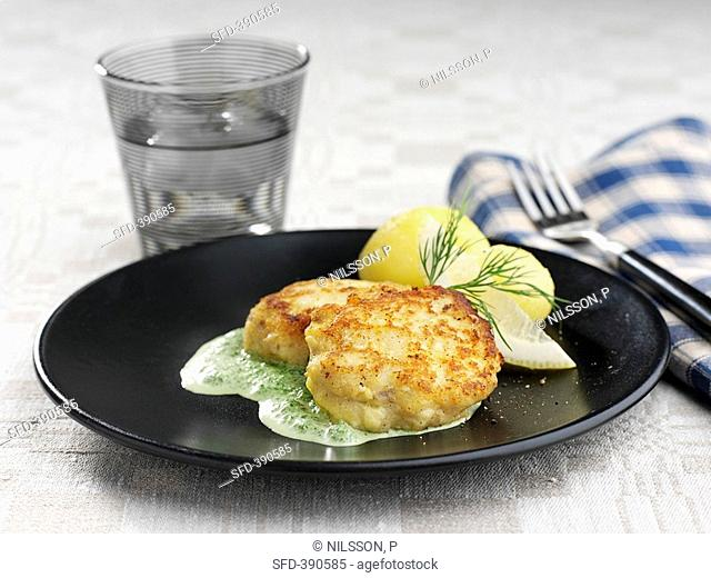 Fish cakes with spinach sauce Sweden