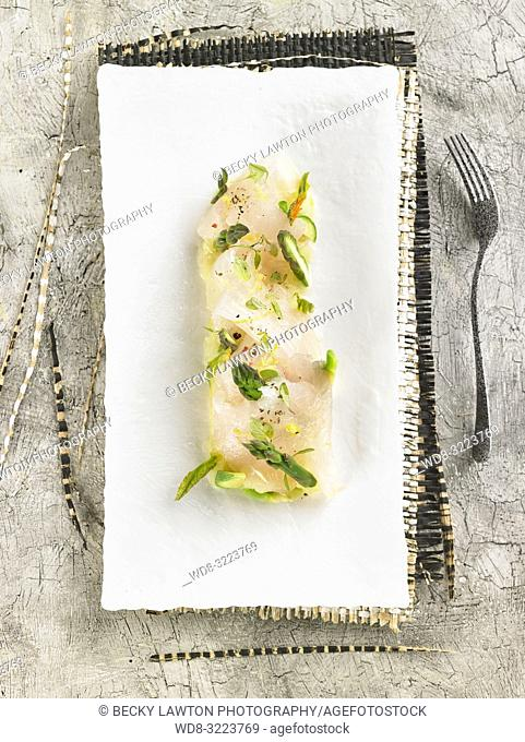 lubina en escabeche de citricos / Citrus pickled sea bass