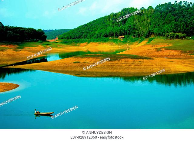 Thac Ba Lake located in the Yen Bai province, it is one of the three largest artificial lakes in Vietnam. Created since the commissioning of the hydropower plan...