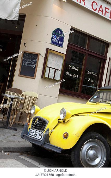 Citreon outside cafe in Ile St. Louis, Paris, France