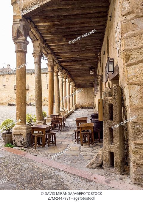 Plaza mayor (Main Square). Pedraza. Conjunto histórico. Segovia province. Castile-Leon. Spain