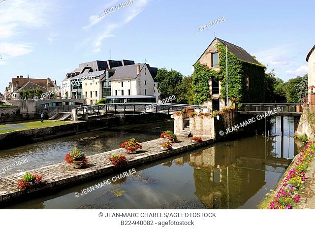 Mill of the river Sauldre, Romorantin-Lanthenay, Loir-et-Cher, Sologne, Centre, France