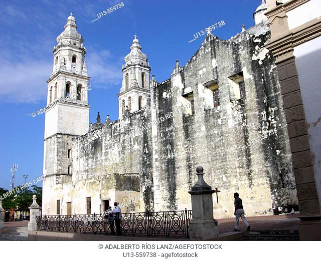 Cathedral. XVIth century. Campeche old town. World Heritage. Mexico