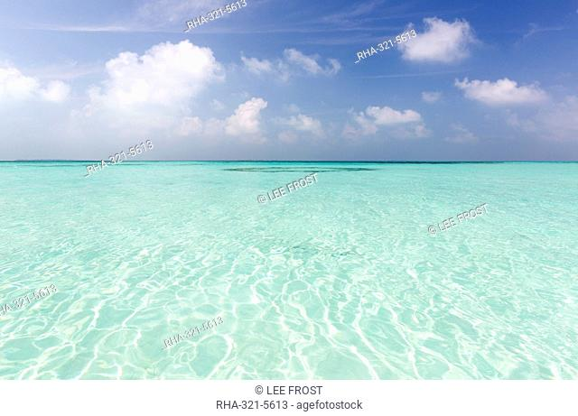 Crystal clear sea and blue sky, Coco Palm resort, Dhuni Kolhu, Baa Atoll, Republic of Maldives, Indian Ocean, Asia