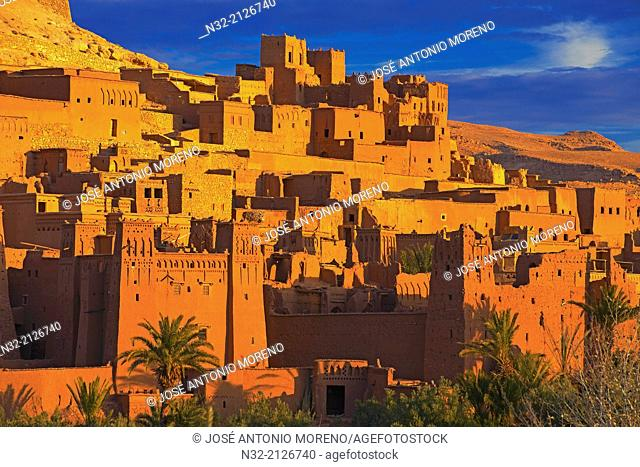 Ait Benhaddou Kasbah at dawn, Morocco, High Atlas Mountains, ksar Ait Benhaddou, Ouarzazate Province, Souss-Massa-Draâ region, UNESCO World Heritage Site