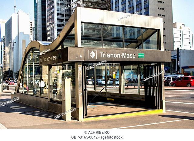Entrance, Trianon-MASP Station, subway, Paulista Avenue, Capital, São Paulo, Brazil