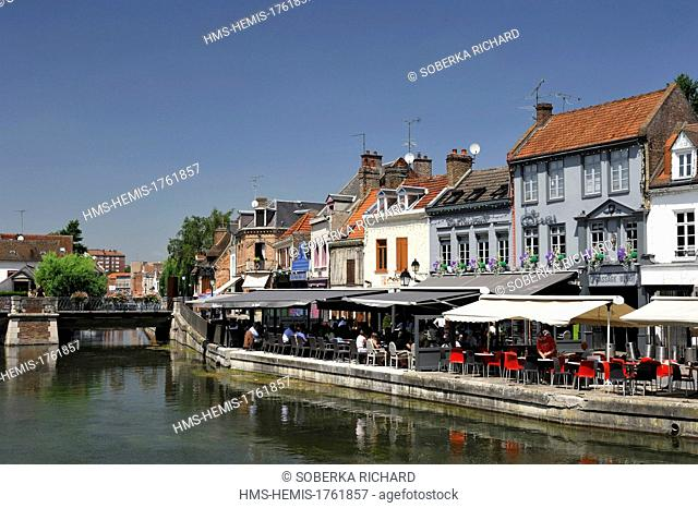 France, Somme, Amiens, district of Saint Leu, Belu dock, terraces at the water's edge