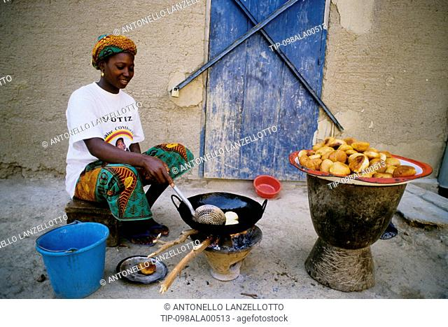 Mali, Djenné, Dried Cakes