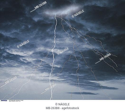 Stormy atmosphere, Lightnings
