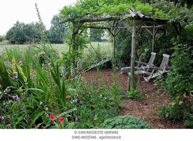 FEATURE LAVANDEE ARBOUR AND WILD FLOWER BED