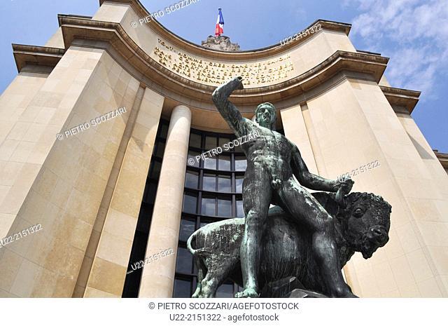 Paris, France, the Palais de Chaillot, Trocadero