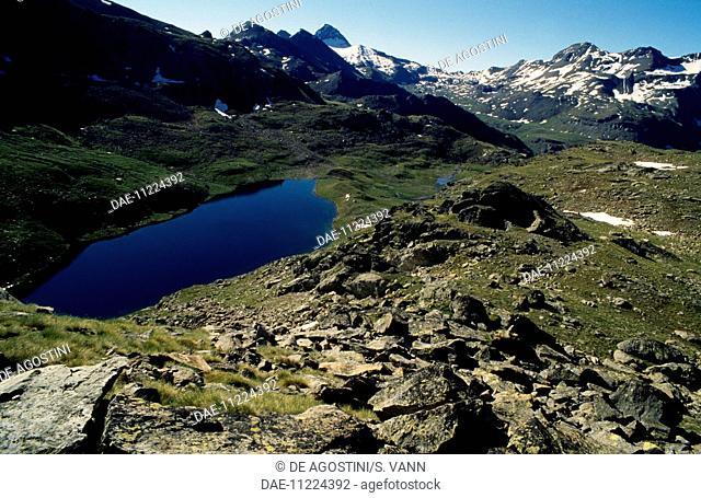 Lower Lake Lussert, Valle di Cogne, Valle d'Aosta, Italy