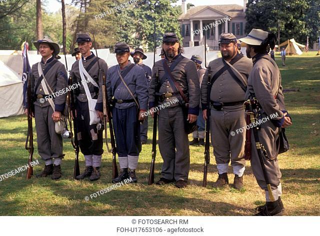 Confederate soldiers, War reenactment, confederate, Stone Mountain, Atlanta, Georgia's Stone Mountain Park, Georgia, Men dressed as Confederate Soldiers stand...