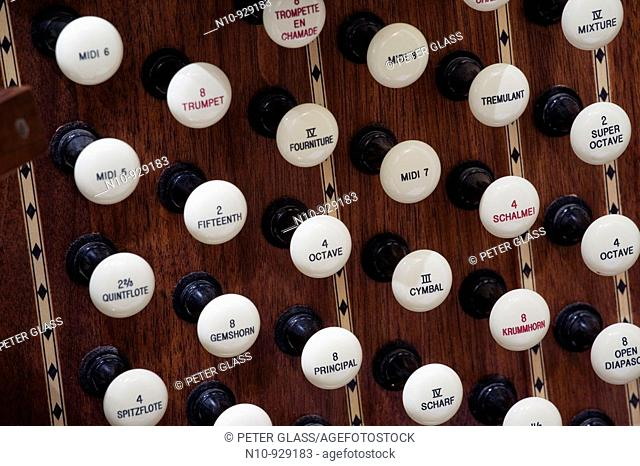 Close-up of a pipe organ console