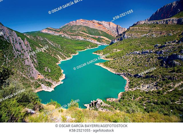Canelles reservoir in the Montsec mountain range with the gorge of Mont-rebei in background, Lleida, Catalonia, Spain