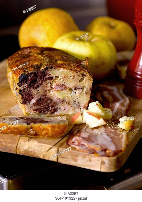 Blood sausage and apple cake