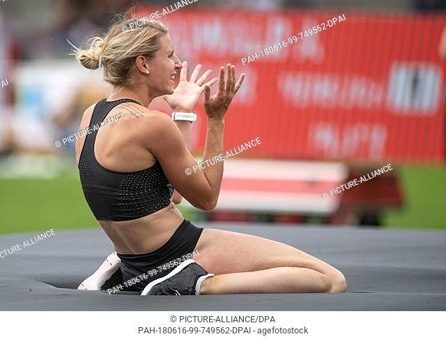 16 June 2018, Germany, Ratingen, Athletics: German heptathlon athlete Carolin Schaefer during high jump. Photo: Bernd Thissen/dpa
